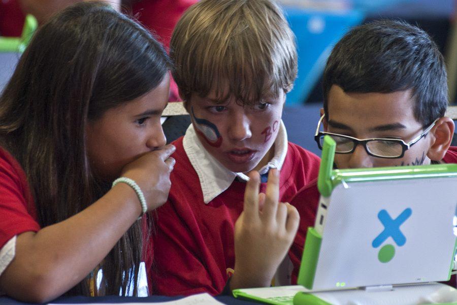 URUGUAY-THEME-EDUCATION-TECHNOLOGY